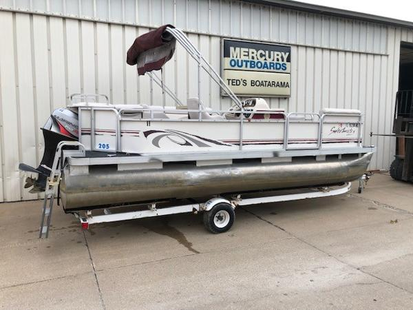 1998 SWEETWATER 20' PONTOON for sale