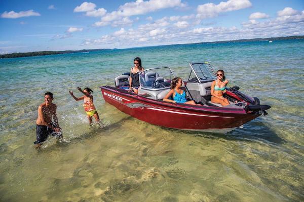 2018 Tracker Boats boat for sale, model of the boat is Targa V-18 Combo & Image # 3 of 59