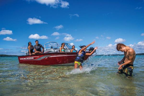 2018 Tracker Boats boat for sale, model of the boat is Targa V-18 Combo & Image # 11 of 59