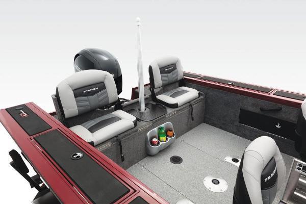 2018 Tracker Boats boat for sale, model of the boat is Targa V-18 Combo & Image # 53 of 59