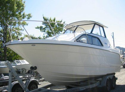 2005 Bayliner 242 Classic For Sale