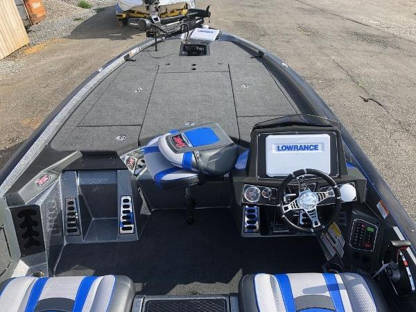 2021 Ranger Boats boat for sale, model of the boat is Z521L Ranger Cup & Image # 7 of 28