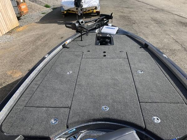 2021 Ranger Boats boat for sale, model of the boat is Z521L Ranger Cup & Image # 24 of 28