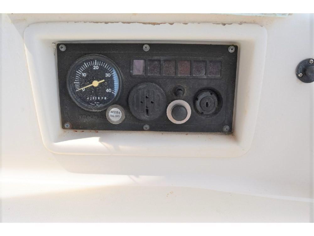 Pearson 303 Sloop - Engine Hour Gauge and Ignition