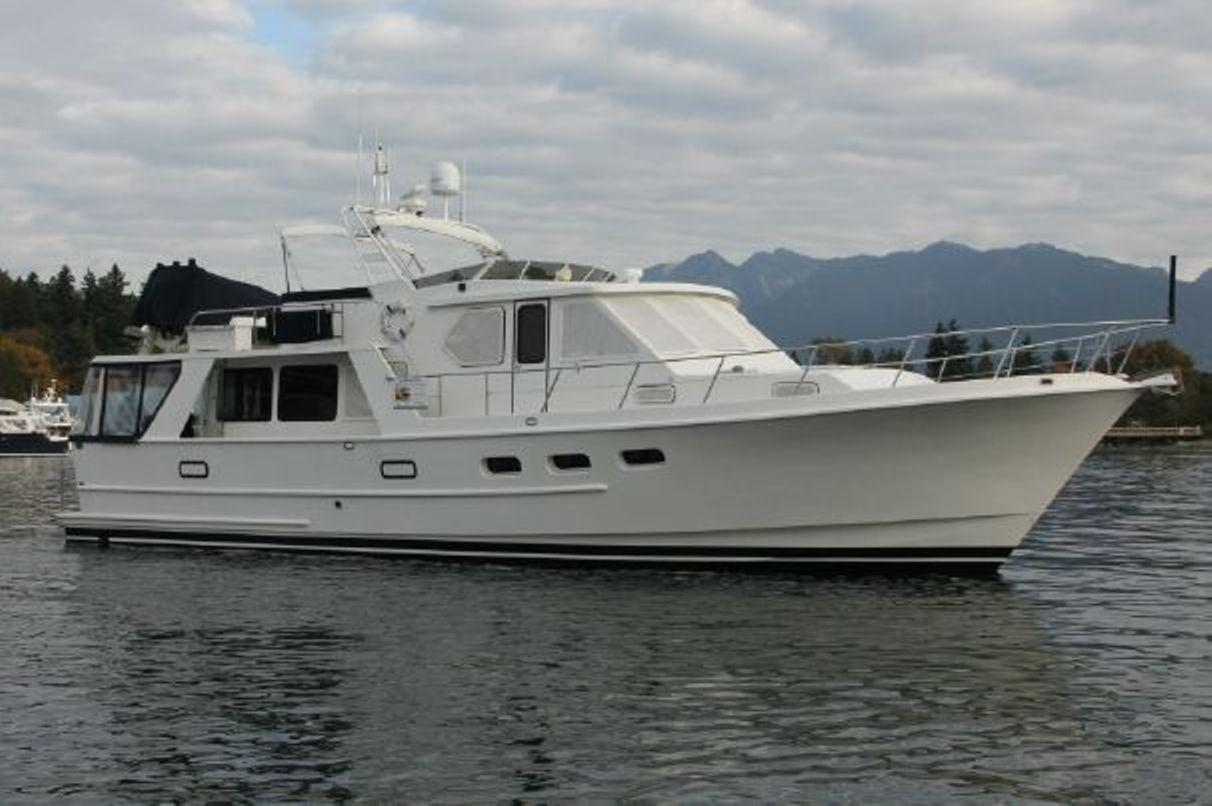 Custom 60 Pilothouse