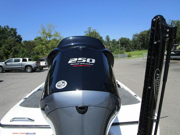 2021 Skeeter boat for sale, model of the boat is ZXR 20 & Image # 28 of 31