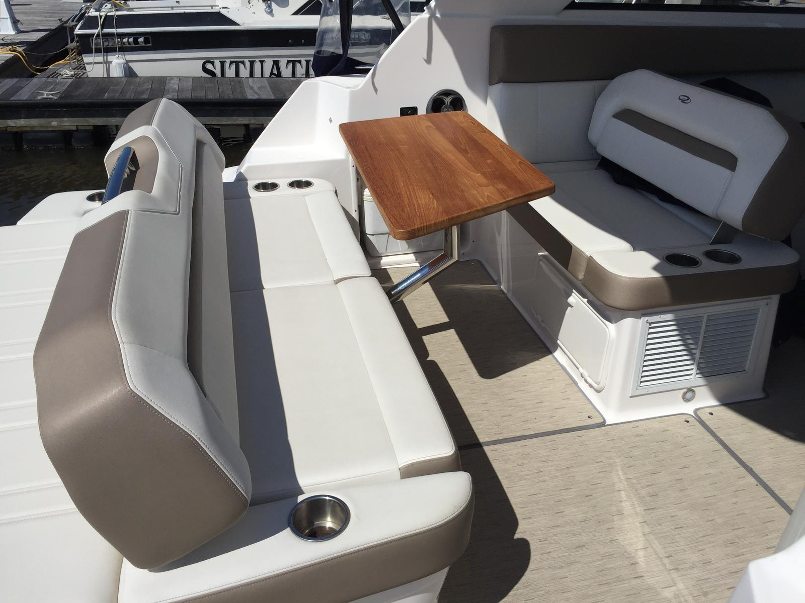 Regal 35 Sport Coupe - Aft seating/removable table