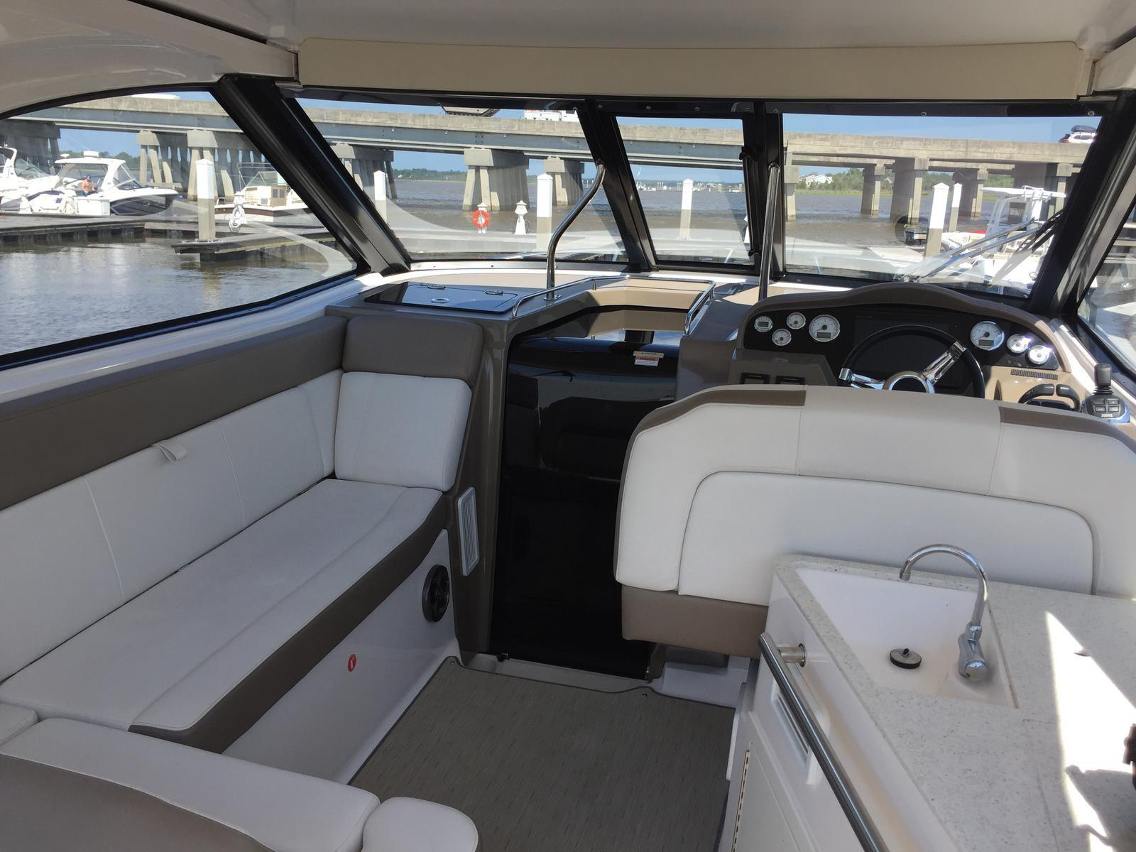 Regal 35 Sport Coupe - Cockpit looking forward