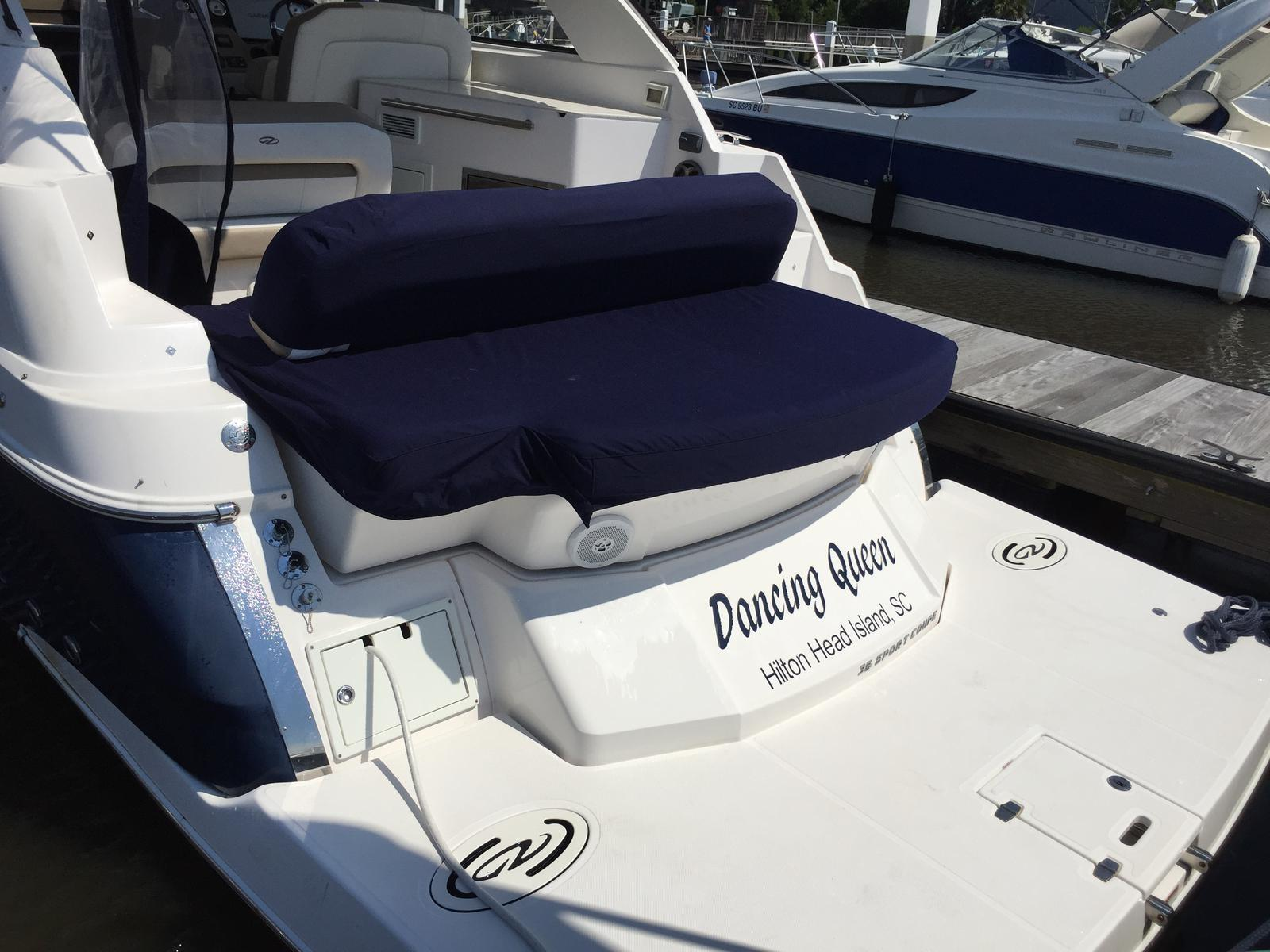 Regal 35 Sport Coupe - Aft seating/sunpad cover