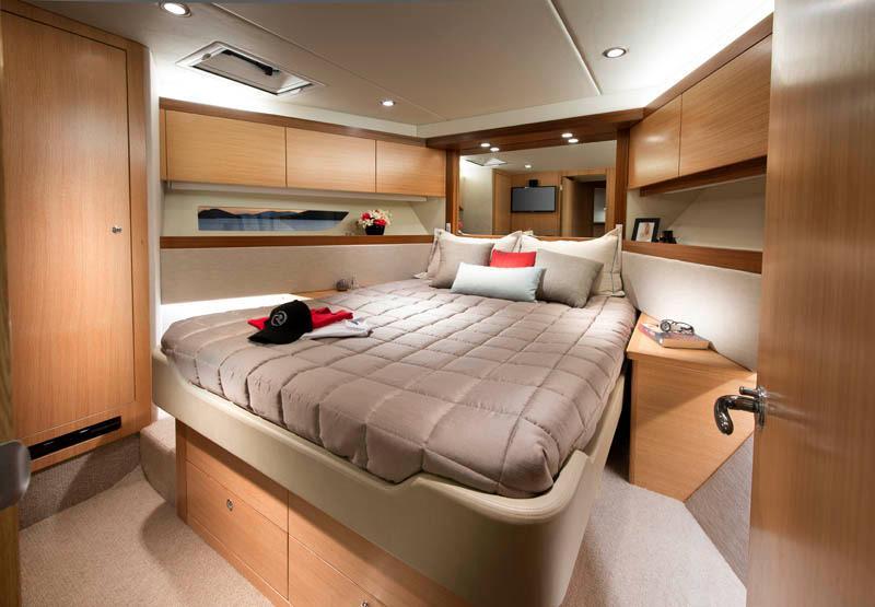 Riviera 515 SUV Forward Cabin
