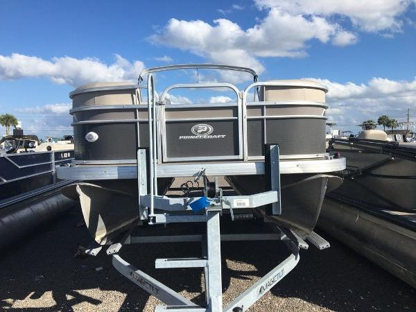 2018 Princecraft boat for sale, model of the boat is Vectra 23 & Image # 2 of 6