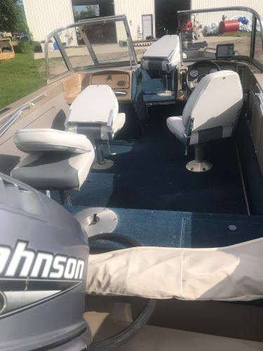 2000 Lund boat for sale, model of the boat is 1700 Pro Sport & Image # 5 of 10