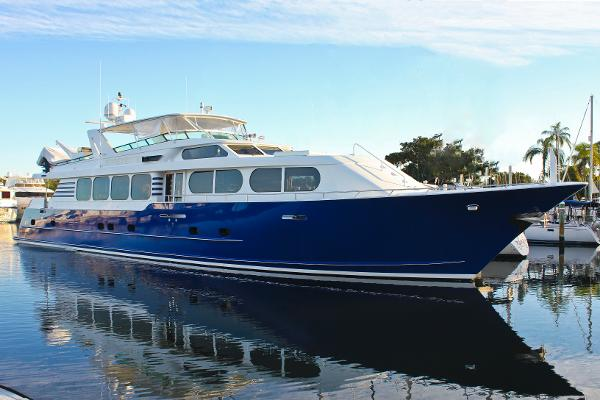 Broward Motoryacht