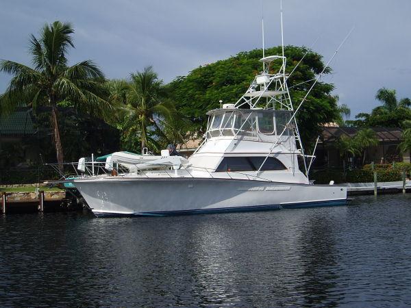 Egg Harbor - 48 Golden Egg Convertible Boats. Listing Number: M-3488196
