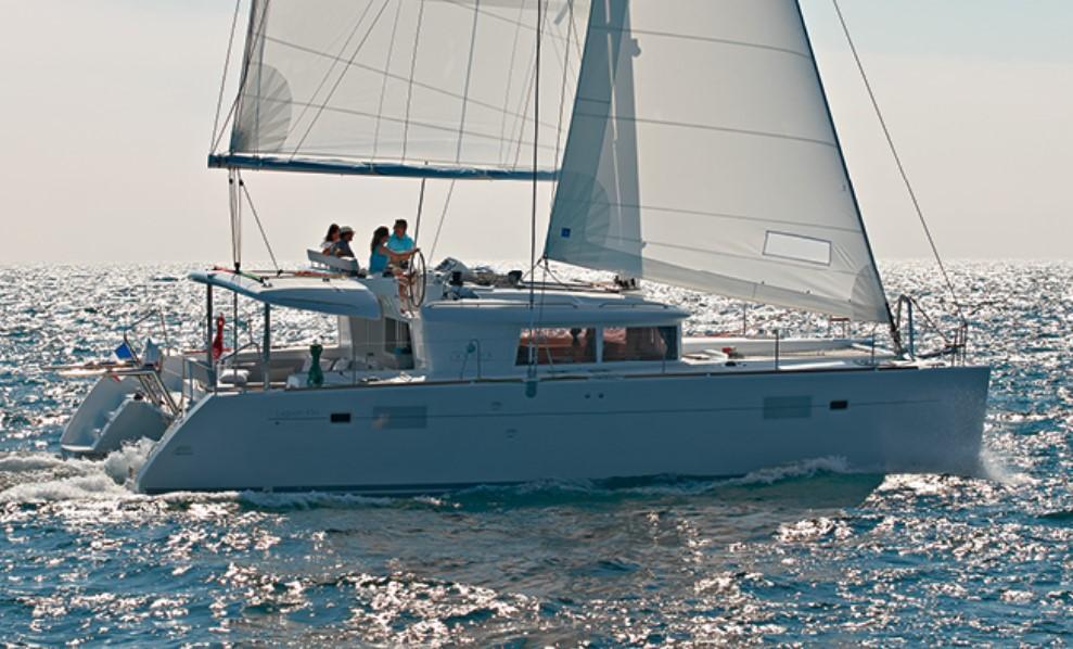 Lagoon 450 Sistership