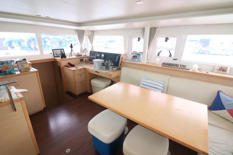 Salon and Navigation Station