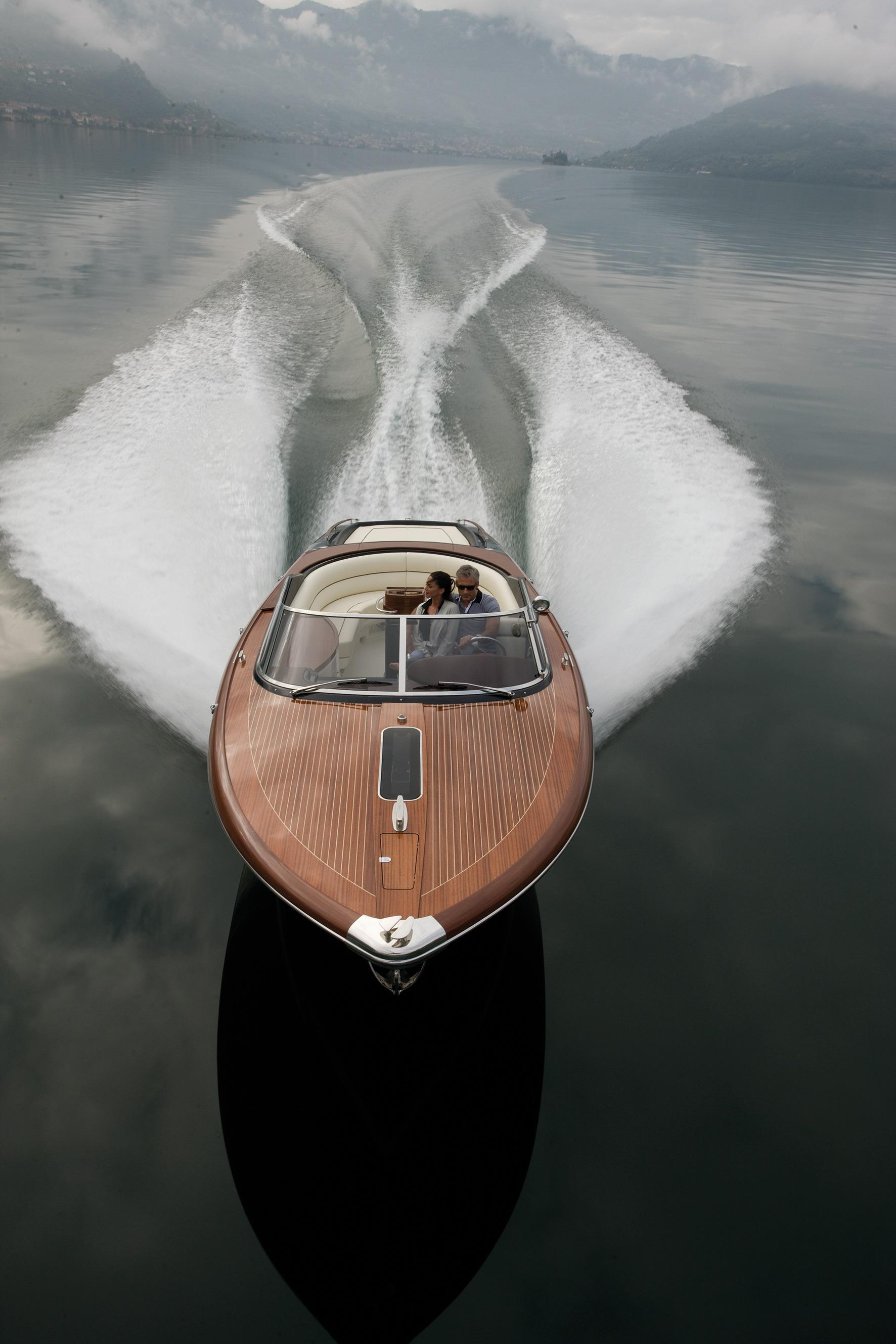 Manufacturer Provided Image: Riva Aquariva Super BOw