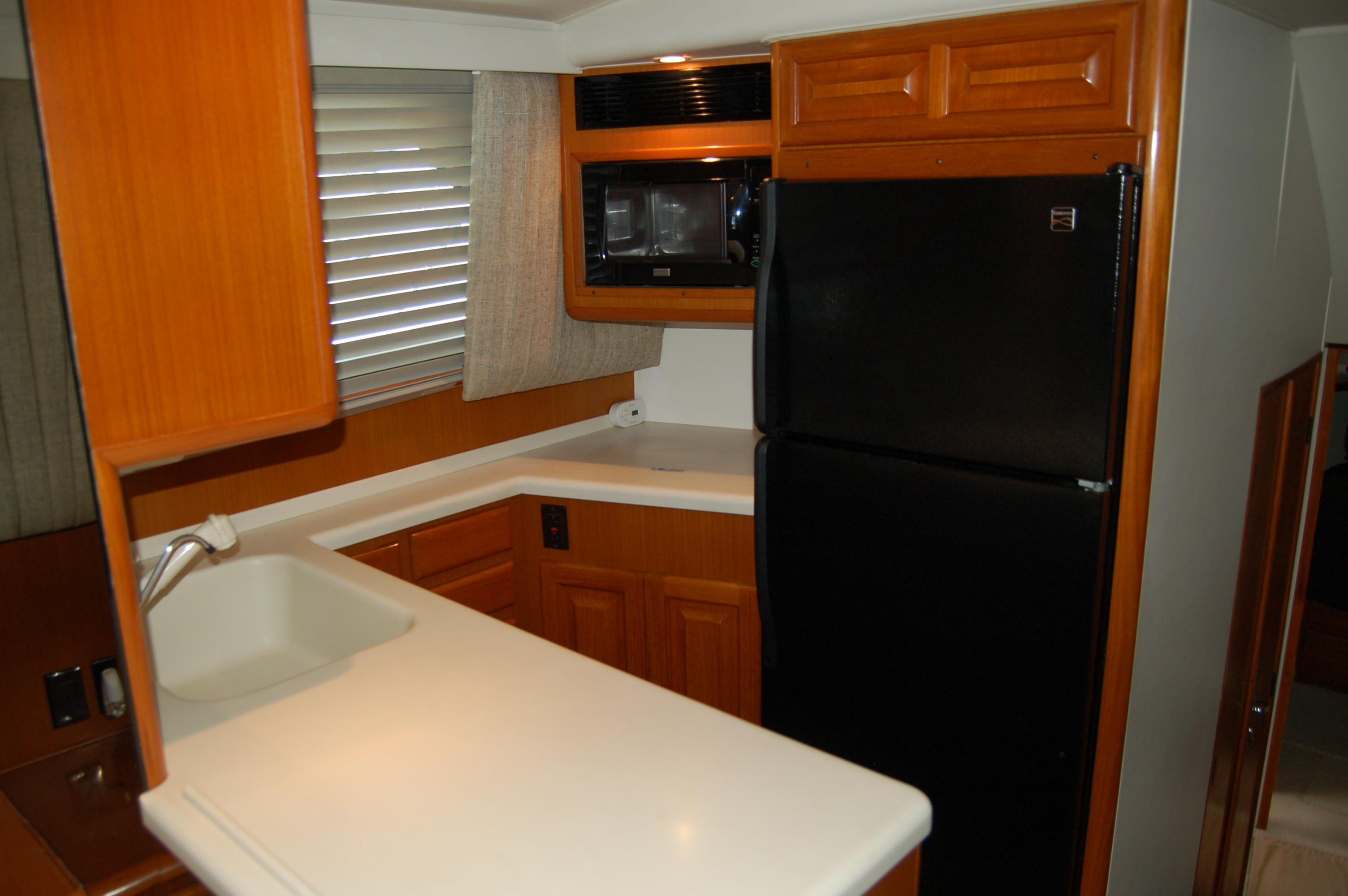 Galley (4)