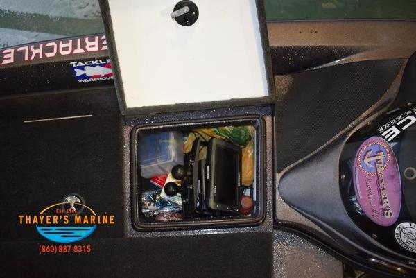 2012 Stratos boat for sale, model of the boat is 201XL & Image # 12 of 47