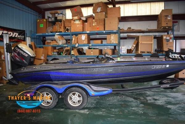 2012 Stratos boat for sale, model of the boat is 201XL & Image # 30 of 47