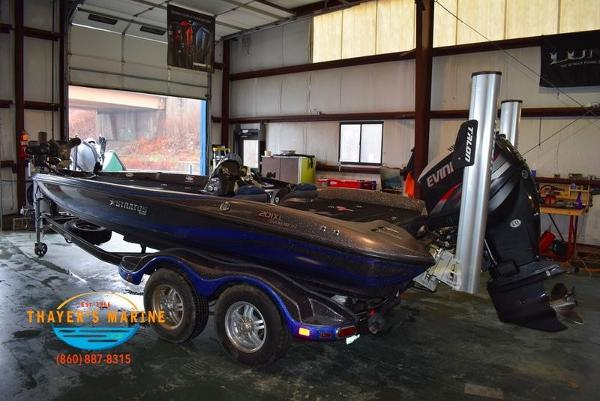 2012 Stratos boat for sale, model of the boat is 201XL & Image # 36 of 47