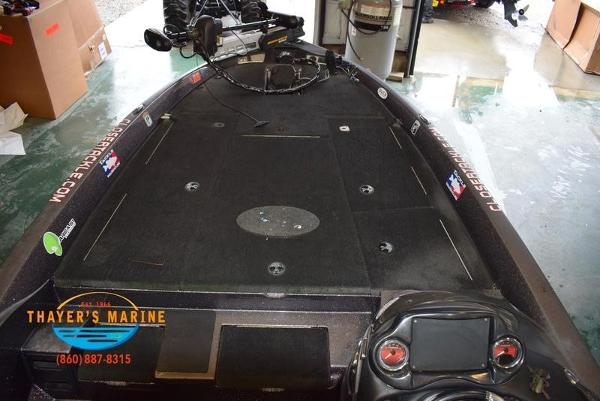 2012 Stratos boat for sale, model of the boat is 201XL & Image # 37 of 47