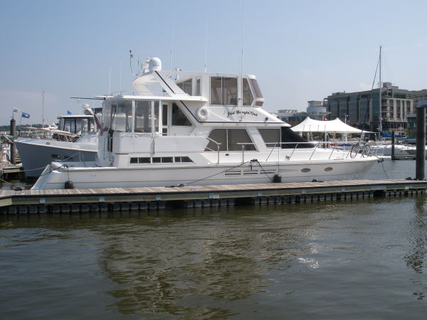 President Enclosed Bridge Cockpit Motor Yacht