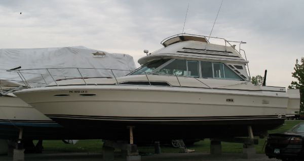 34' Sea Ray 340 Sedan Bridge