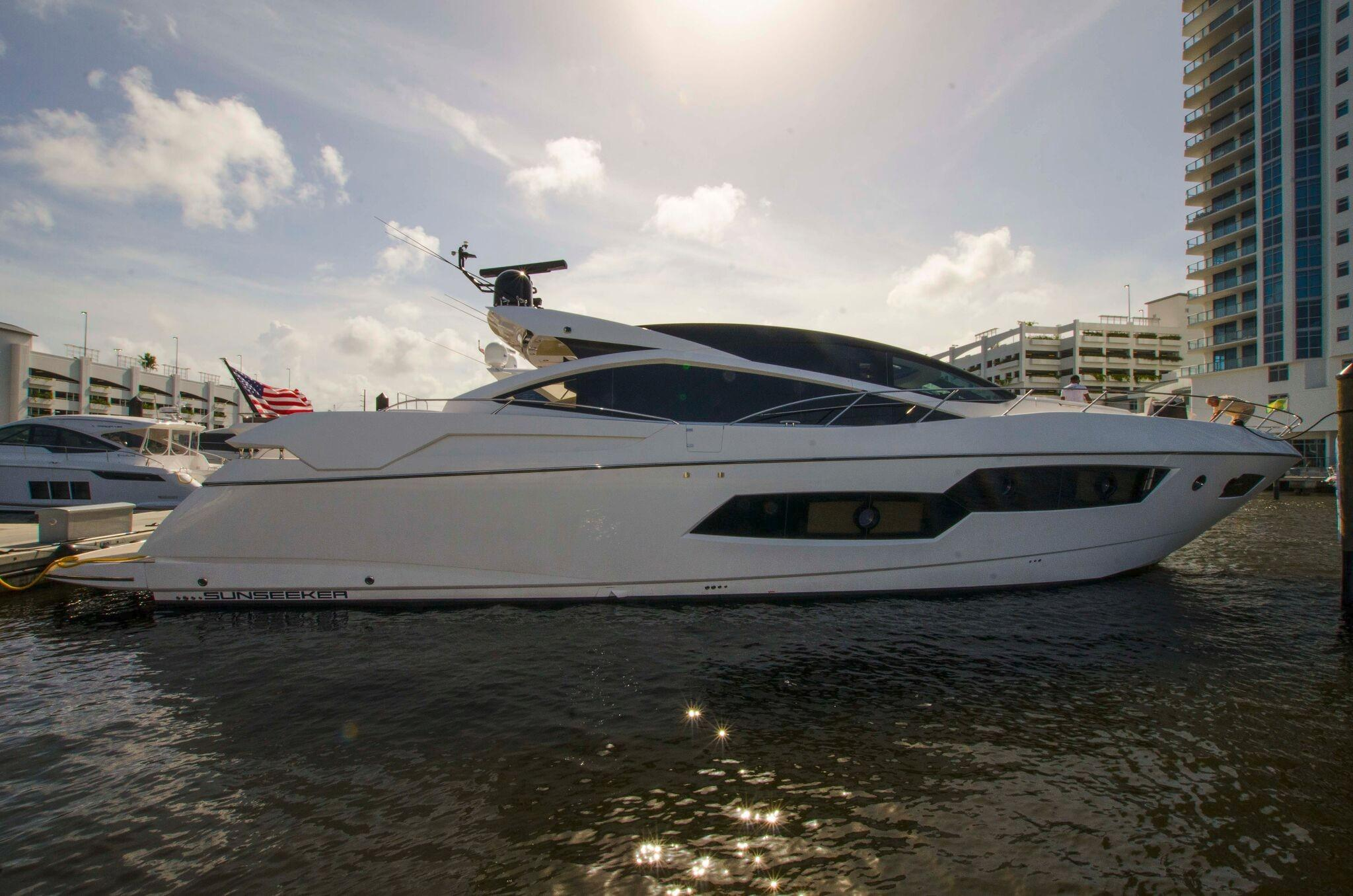 80 ft Sunseeker Predator 80