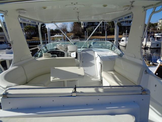 Carver 530 Voyager Pilothouse - Photo: #12