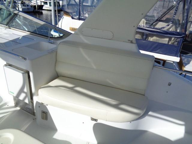 Carver 530 Voyager Pilothouse - Photo: #15