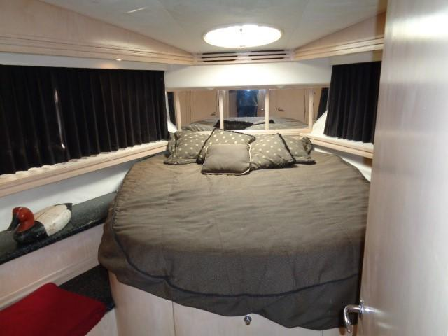 Carver 530 Voyager Pilothouse - Photo: #39