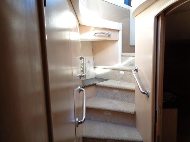Carver 530 Voyager Pilothouse - Photo: #38
