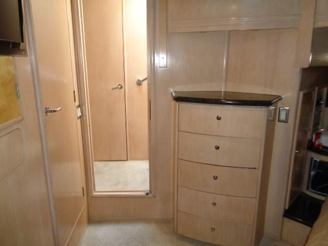 Carver 530 Voyager Pilothouse - Photo: #42