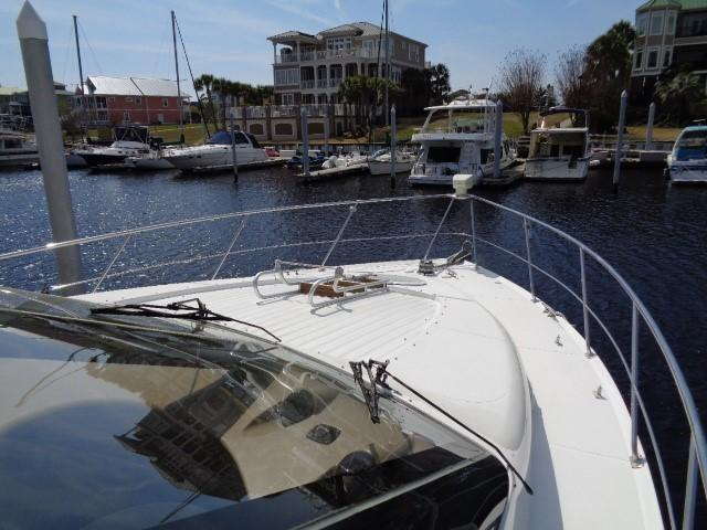 Carver 530 Voyager Pilothouse - Photo: #5