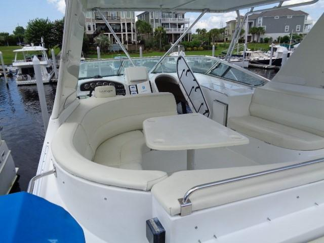 Carver 530 Voyager Pilothouse - Photo: #17