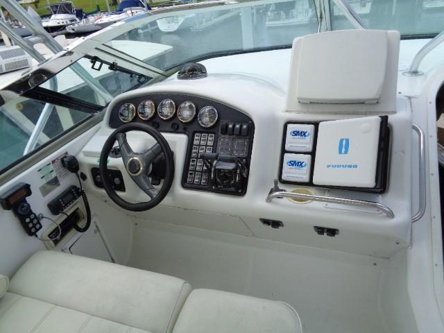 Carver 530 Voyager Pilothouse - Photo: #14