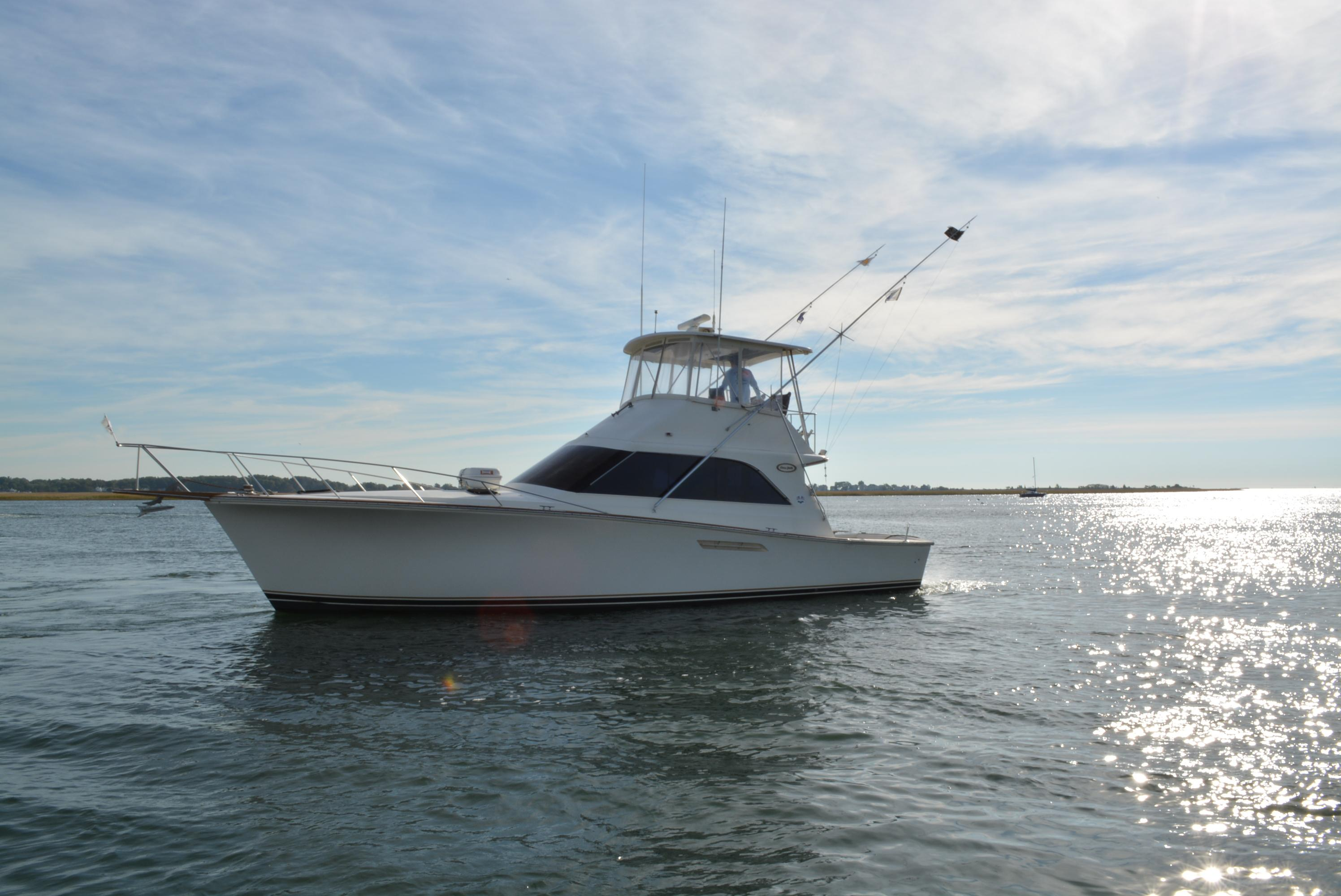 Used boats for sale ct sport fishing yachts trawlers for Sport fishing boats