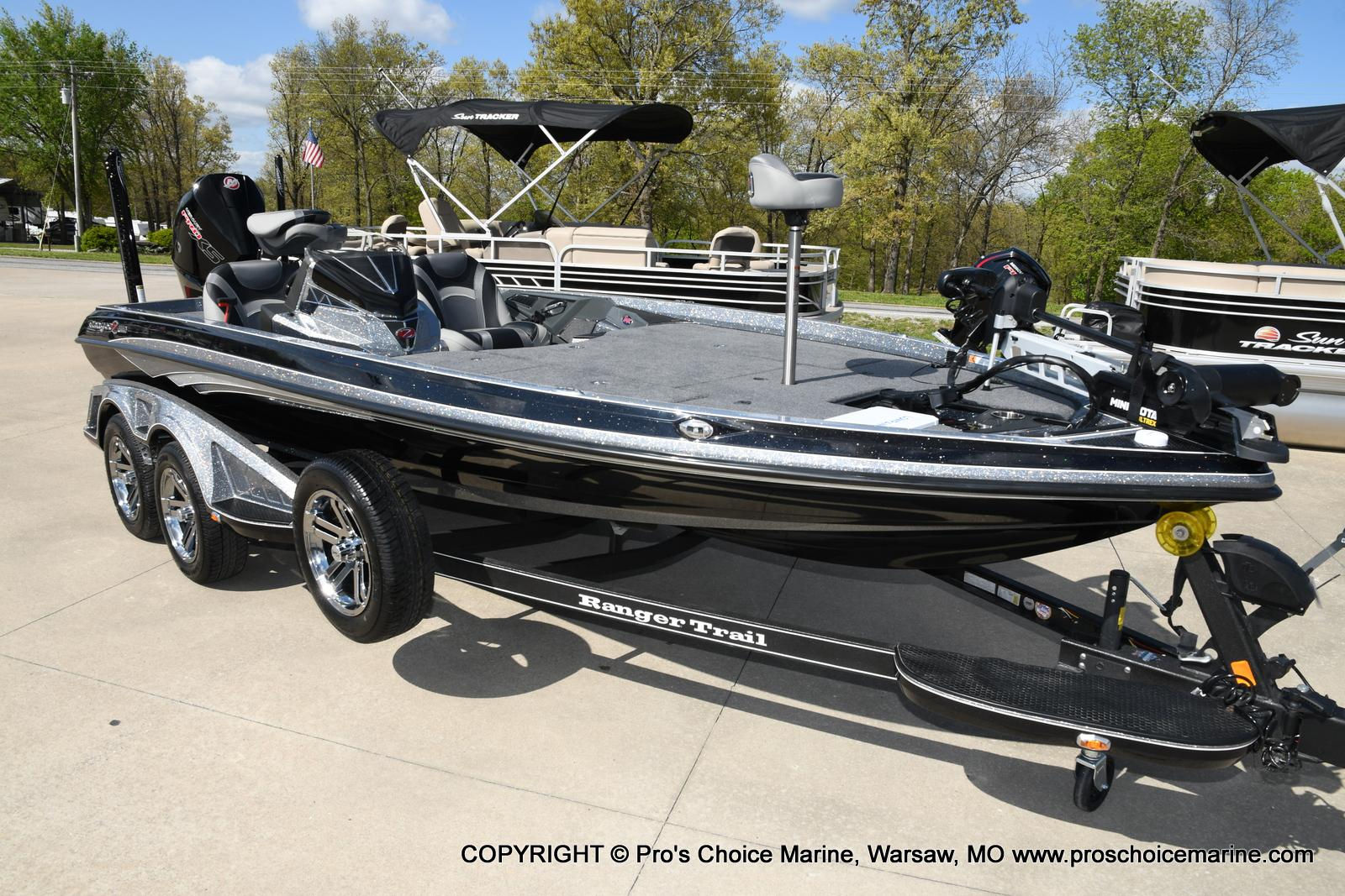 2020 Ranger Boats boat for sale, model of the boat is Z520L Ranger Cup & Image # 2 of 50