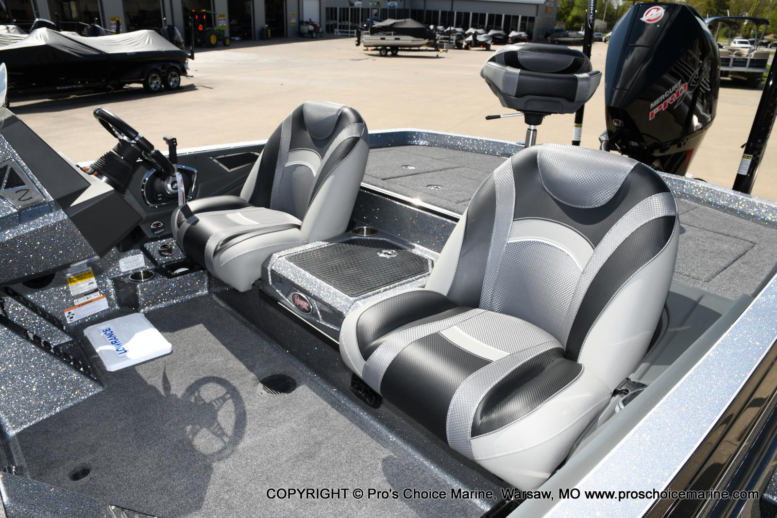 2020 Ranger Boats boat for sale, model of the boat is Z520L Ranger Cup & Image # 9 of 50