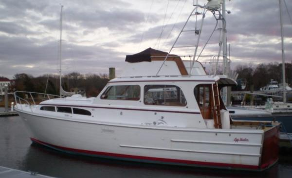 Egg Harbor Convertible Boats. Listing Number: M-948246 37' Egg Harbor