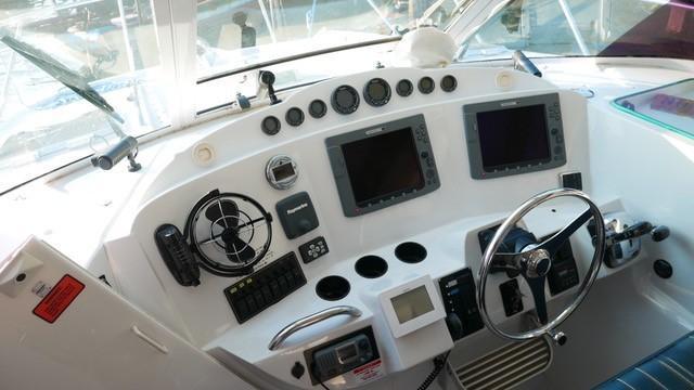 3480 power catamaran-11