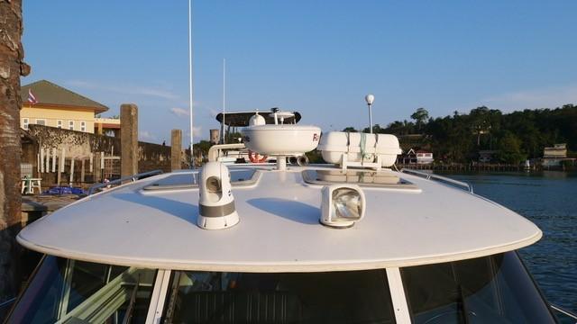 3480 power catamaran-15