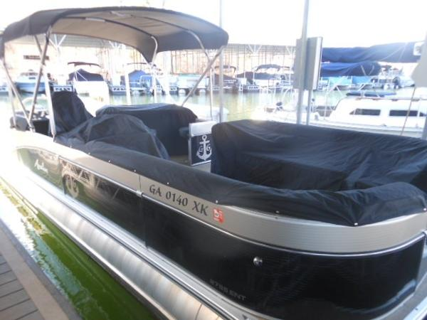 2015 AVALON 27' CATALINA ENT. for sale