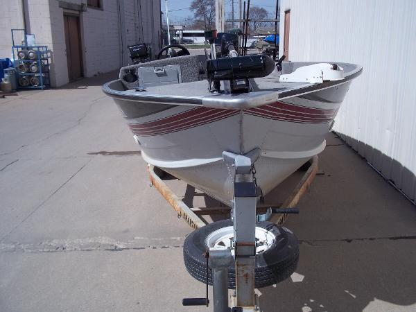 1992 SYLVAN SEA TROLLER V16 for sale