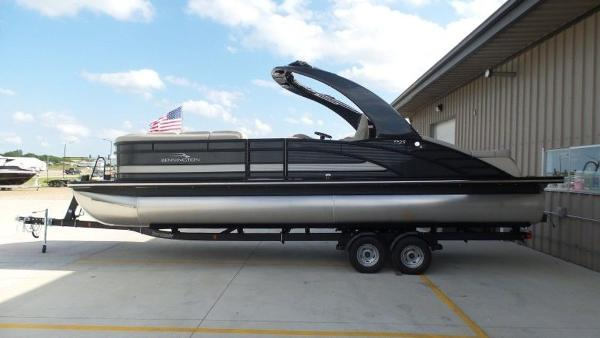 2020 Bennington boat for sale, model of the boat is 25 RSBA & Image # 1 of 31
