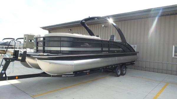 2020 Bennington boat for sale, model of the boat is 25 RSBA & Image # 3 of 31