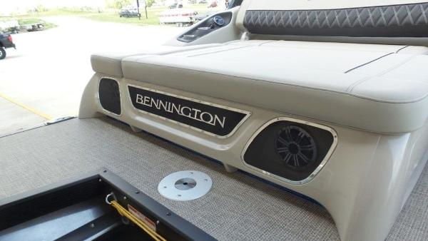 2020 Bennington boat for sale, model of the boat is 25 RSBA & Image # 8 of 31