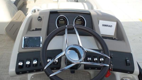 2020 Bennington boat for sale, model of the boat is 25 RSBA & Image # 16 of 31