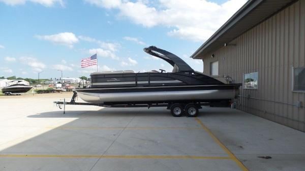 2020 Bennington boat for sale, model of the boat is 25 RSBA & Image # 19 of 31
